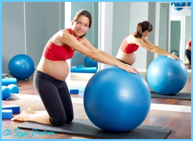 Yoga Ball Pregnancy Exercises_17.jpg