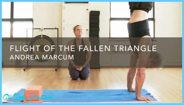 Fallen Triangle Yoga Pose_17.jpg
