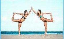 Beach Yoga Poses_23.jpg