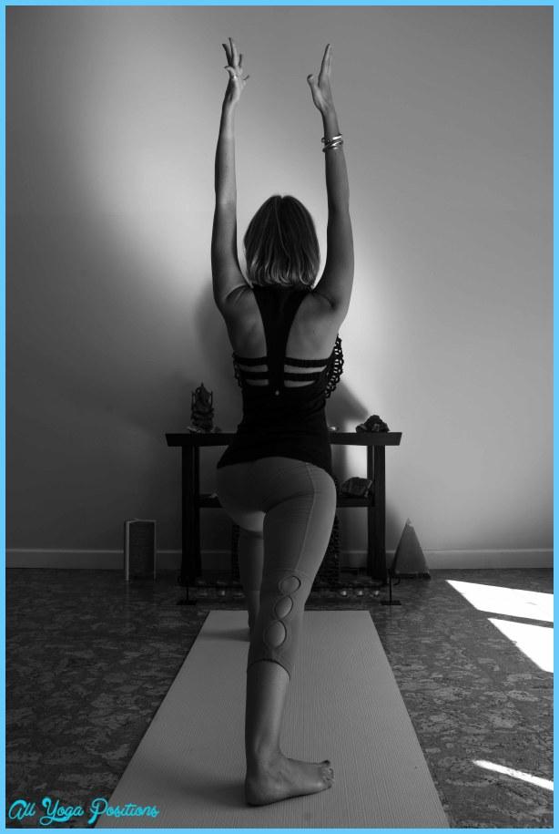 Creative Yoga Poses_14.jpg