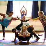 Creative Yoga Poses_17.jpg