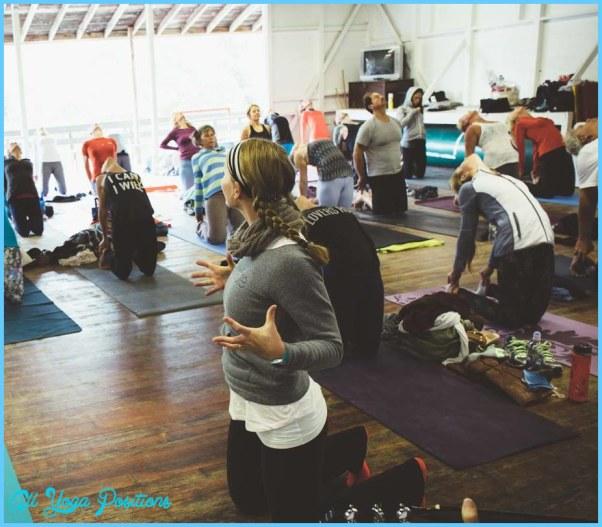 Cueing Yoga Poses_18.jpg