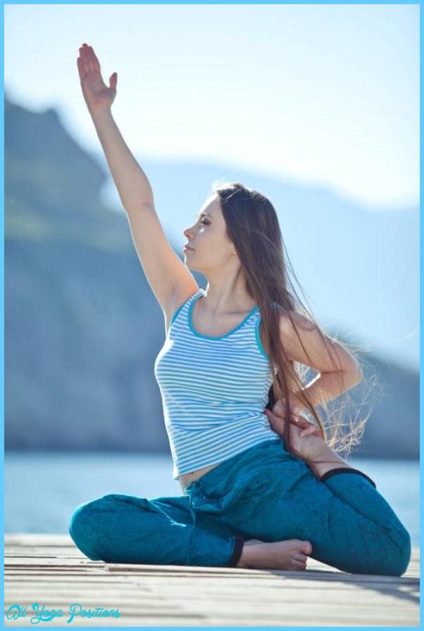 Cueing Yoga Poses_3.jpg