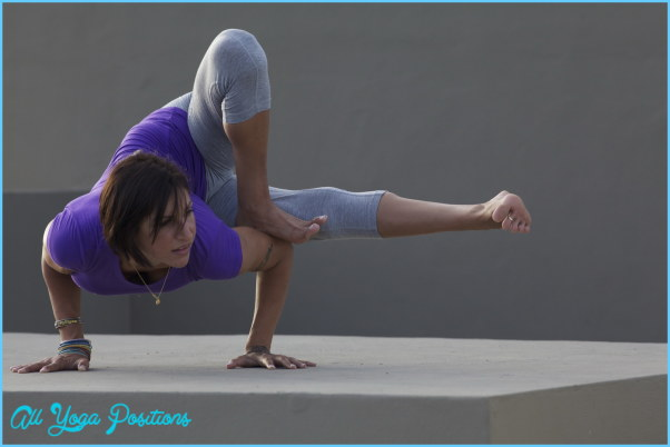 Dragonfly Yoga Pose_9.jpg