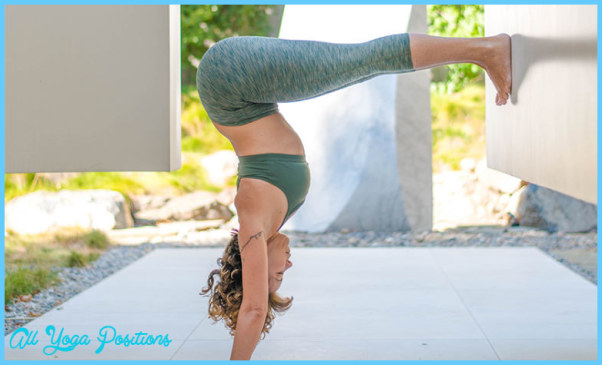 L Pose Yoga_1.jpg