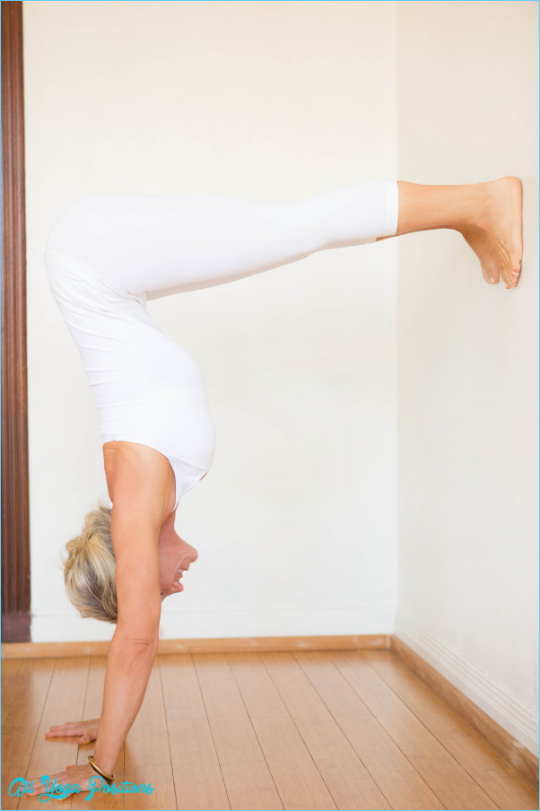 L Pose Yoga_10.jpg