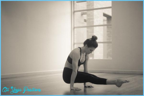 L Pose Yoga_17.jpg