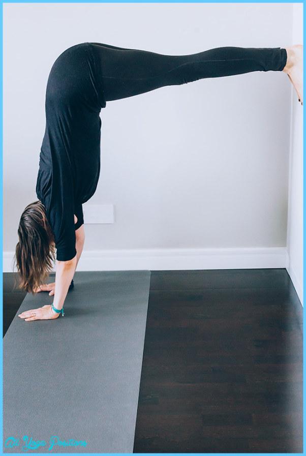 L Pose Yoga_21.jpg