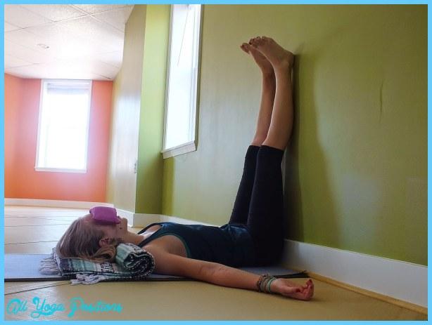 Legs Up the Wall - Viparita Karani_13.jpg