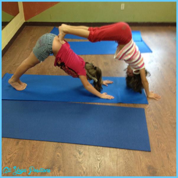 Partner Yoga Poses For Kids_13.jpg