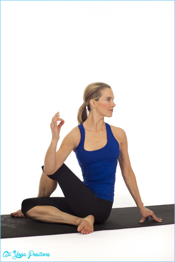 Seated Twist Yoga Pose_10.jpg