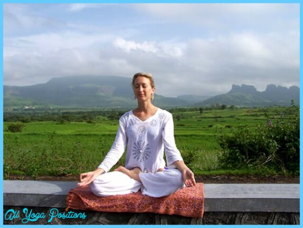 EXCELLENT POSE FOR PRANAYAMA AND MEDITATION EXERCISES_5.jpg