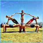 Group Yoga Poses Pictures_18.jpg