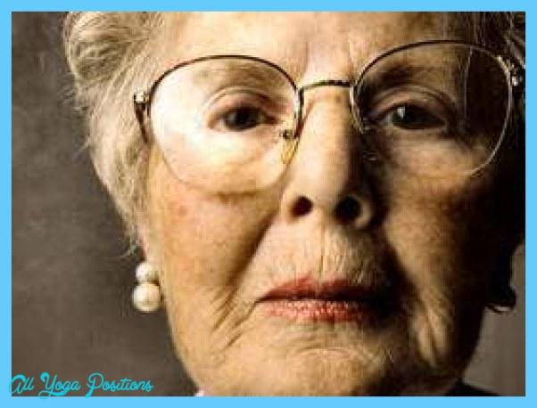 1-04-bigstock-closeup-of-senior-lady-face-12152954.jpg