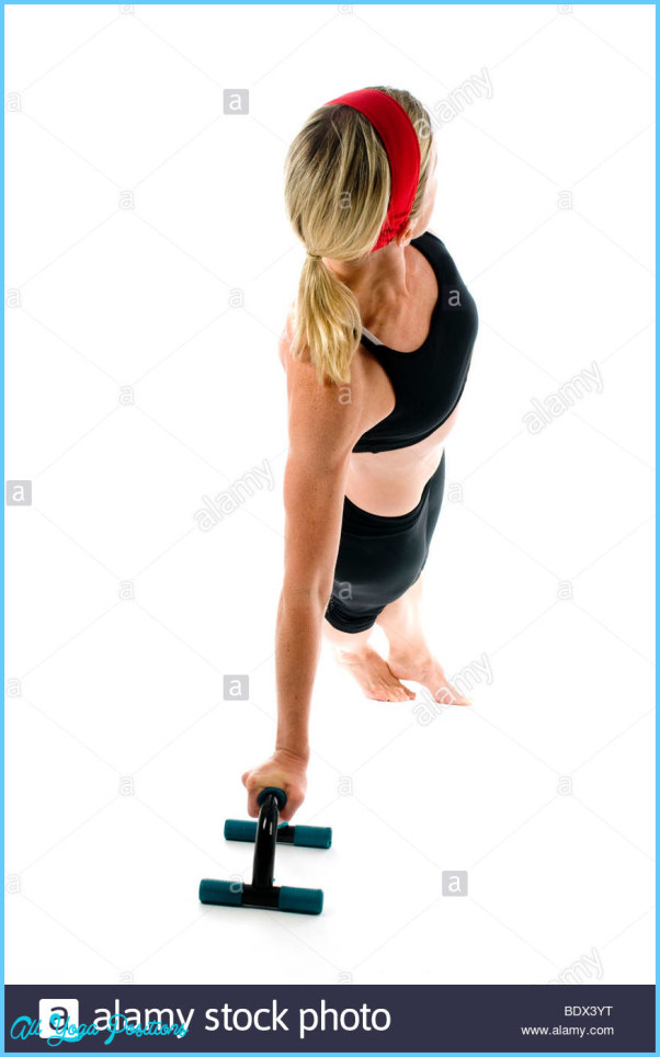 exercise-fitness-lateral-lateral-core-stretch-stretching-fit-woman-BDX3YT.jpg