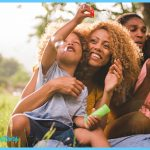 african-american-family-blowing-bubbles-613x345.jpg