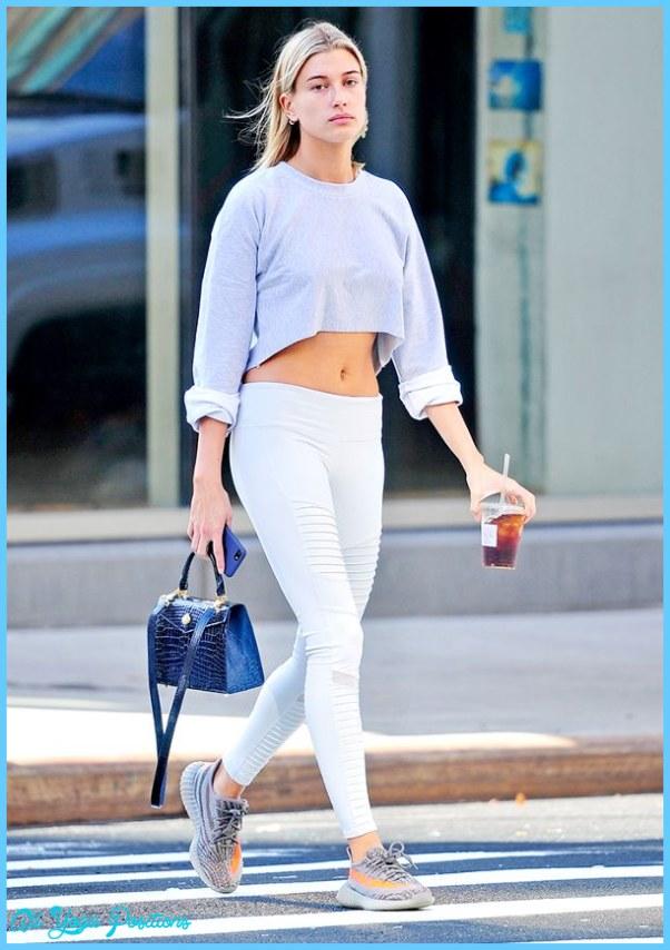 celebrities-leggings-alo-yoga-2016-195258-1498510492571-main.600x0c.jpg