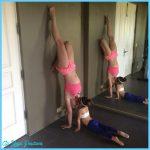 celebrity-yoga-poses-britney-spears.jpg