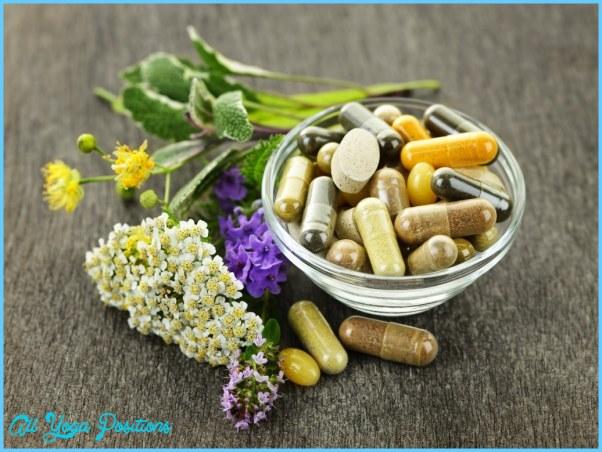 herb-capsules-in-a-glass-bowl-fotolia_351543112.jpg