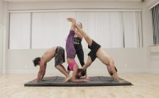 acro yoga handstand foot to foot pendulum 07