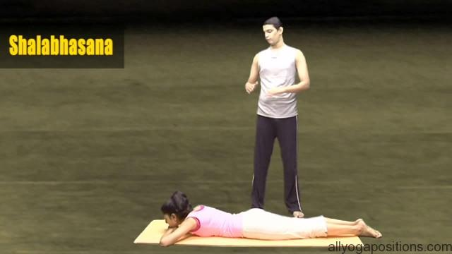 easy and simple yoga exercise for couples 07