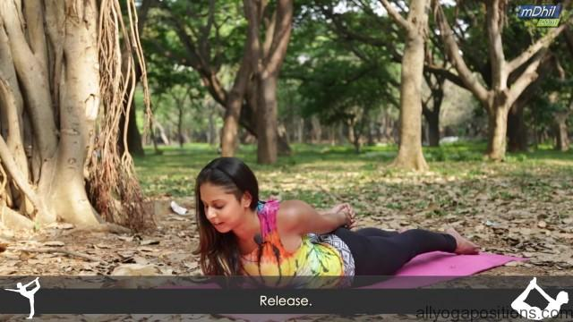easy yoga stretches for instant shoulder pain relief 11