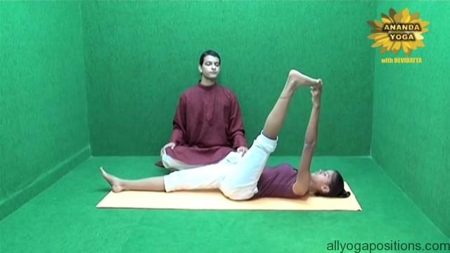 general level 4 yoga advance leg stretch 13