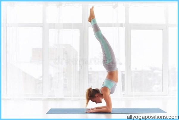How to Do the Forearm Balance Ashtanga Pinchamayur Asana_0.jpg