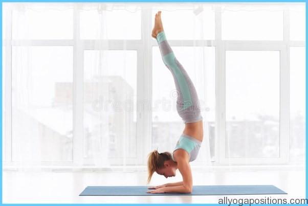 How to Do the Forearm Balance Ashtanga Pinchamayur Asana_4.jpg