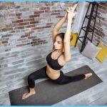 How to Do Warrior One Pose Virabhadr Asana_10.jpg