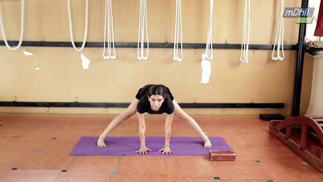 iyengar yoga for knees and lower back pain 25