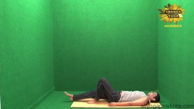 power yoga for toning abs 10