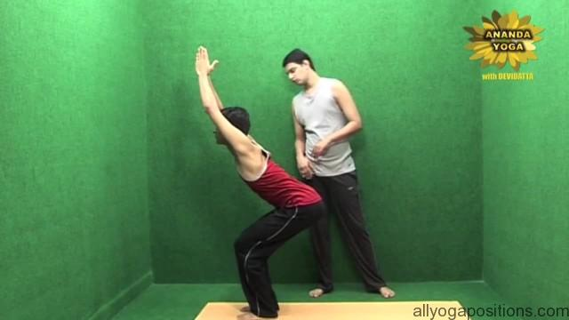 power yoga to get toned legs 08