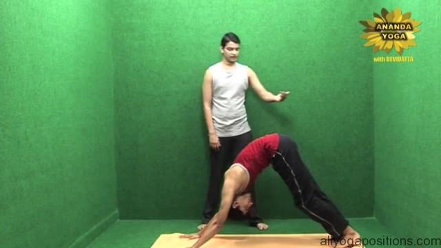 power yoga to get toned legs 15