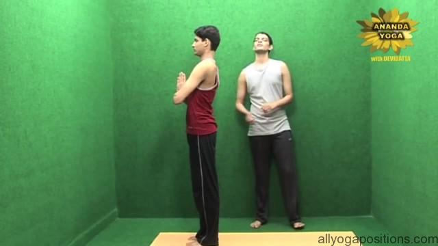 power yoga to tone legs 07