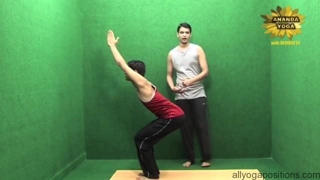 power yoga to tone legs 08
