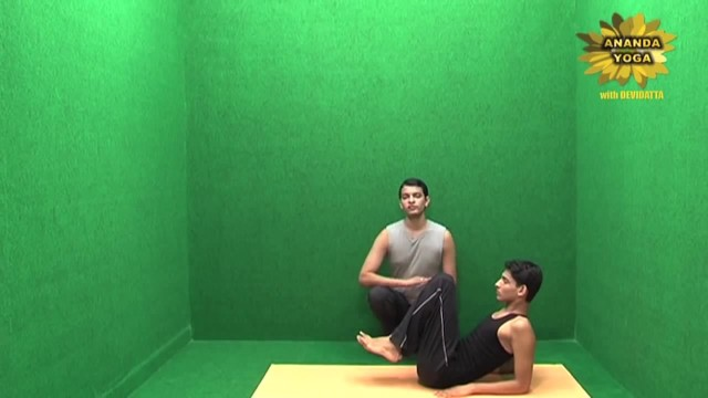 yoga for abs for a perfect 6 pack 11