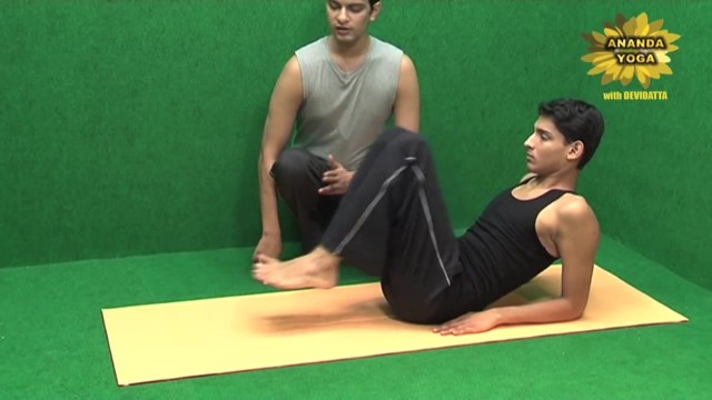 yoga for abs for a perfect 6 pack 13