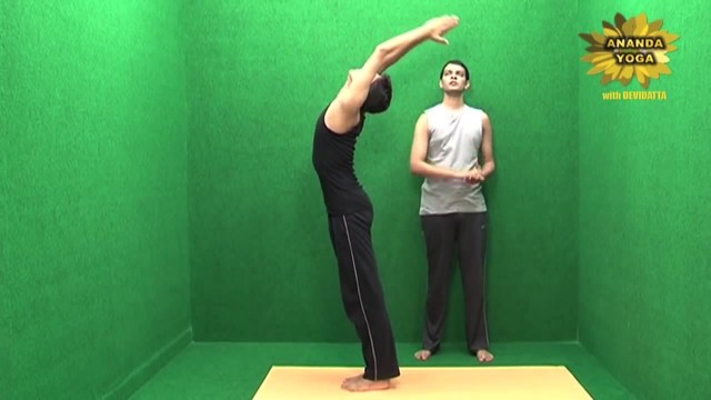 yoga for abs for a perfect 6 pack 16