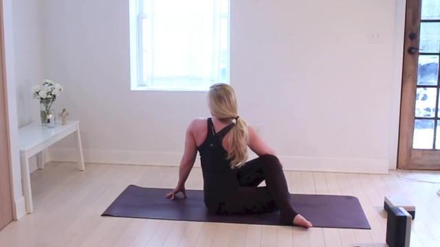 yoga for beginners detox jenna raynell yoga 64