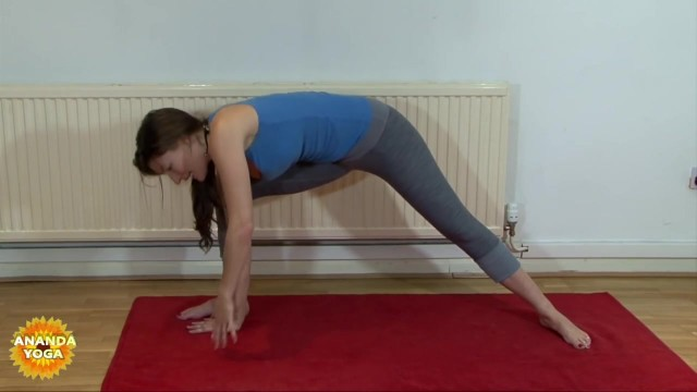 yoga for beginners yoga for hips thighs 24