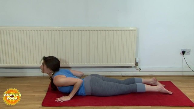 yoga for beginners yoga for hips thighs 44