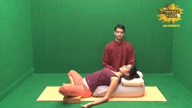 yoga to relax body and mind 14