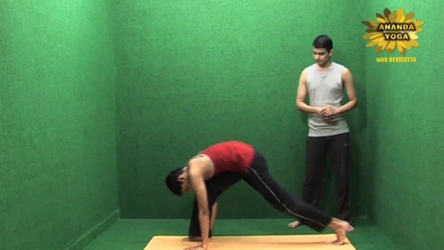 yoga workout for hands 09