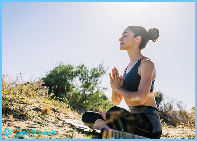 A 15-Minute Morning Yoga Routine For Positive Feelings - Organic ...