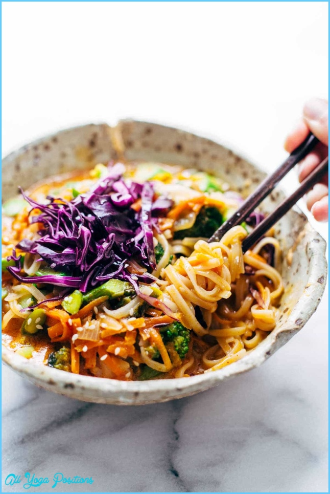 Bangkok Coconut Curry Noodle Bowls Recipe