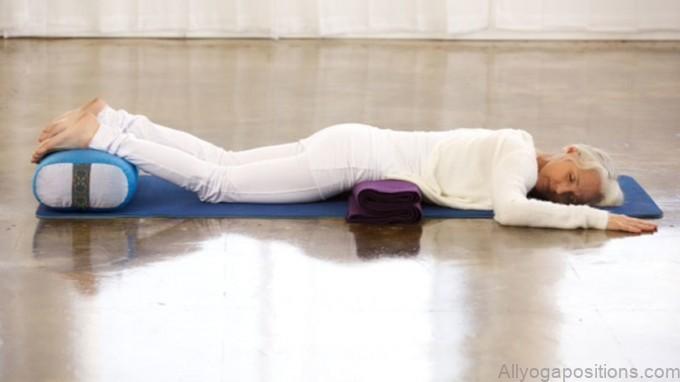 10 best restorative yoga poses3
